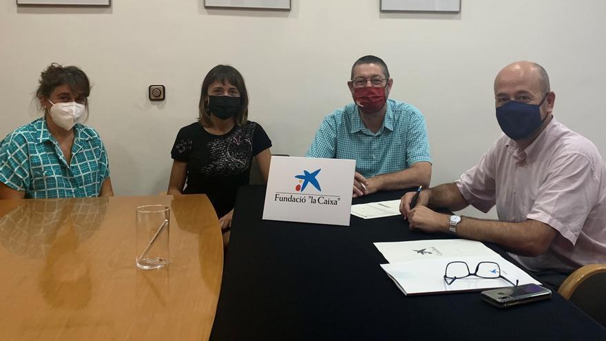 """La Fundació """"la Caixa"""" i CaixaBank col·laboren amb el nou Centre de Dia de Castelló d'Empúries"""