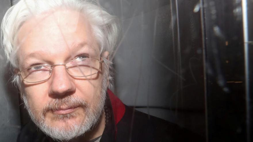 Trump ofreció  a Assange el indulto si negaba la 'trama rusa', según un testigo