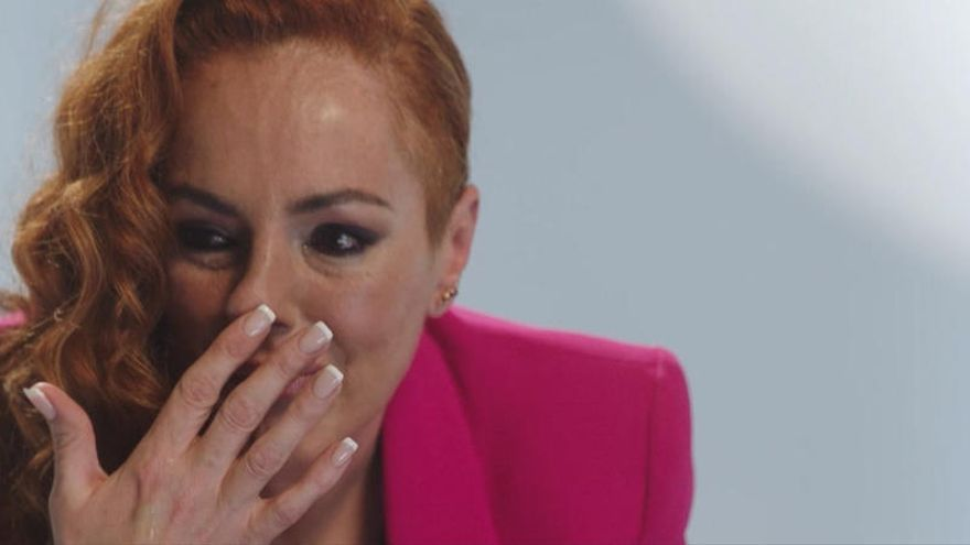 El Mundo hunde la versión de Rocío Carrasco