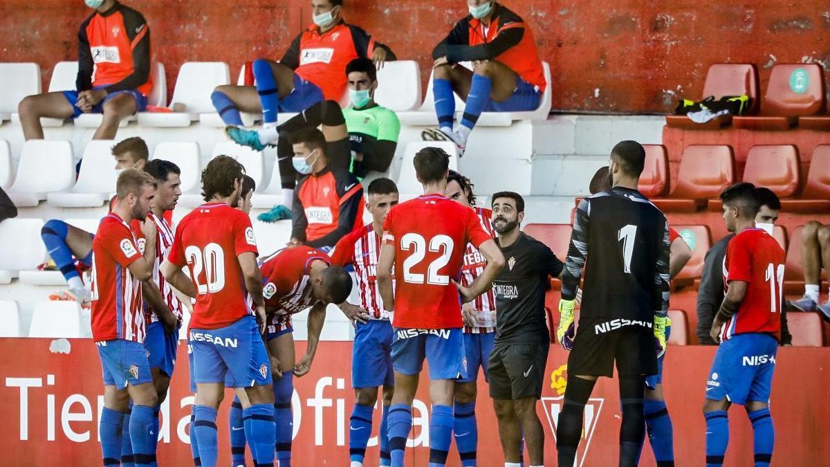 Jugadores del Sporting en un encuentro de pretemporada