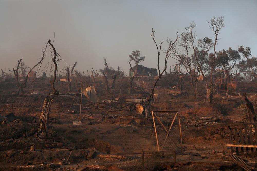 Crema el camp de refugiats de Moria