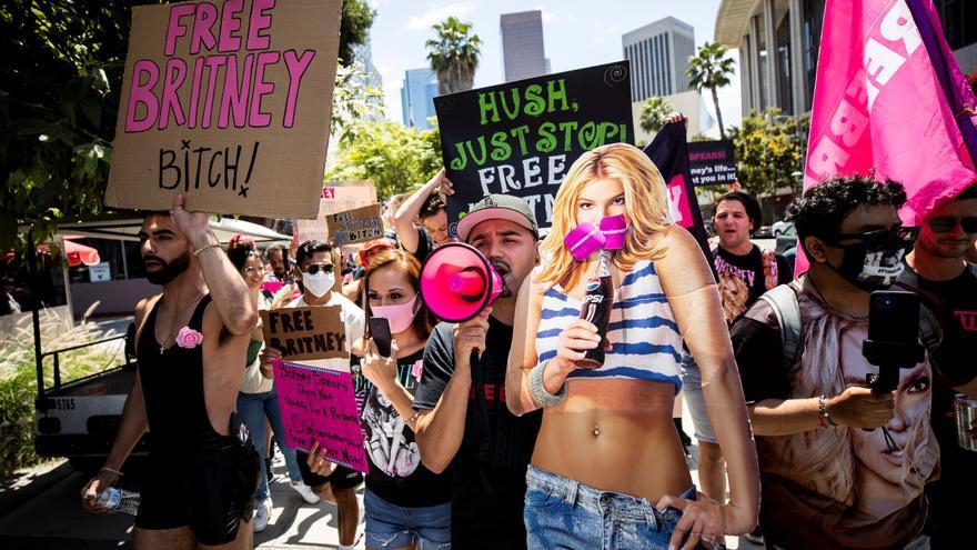"Christina Aguilera apoya a Britney Spears: ""Merece toda la libertad posible"""