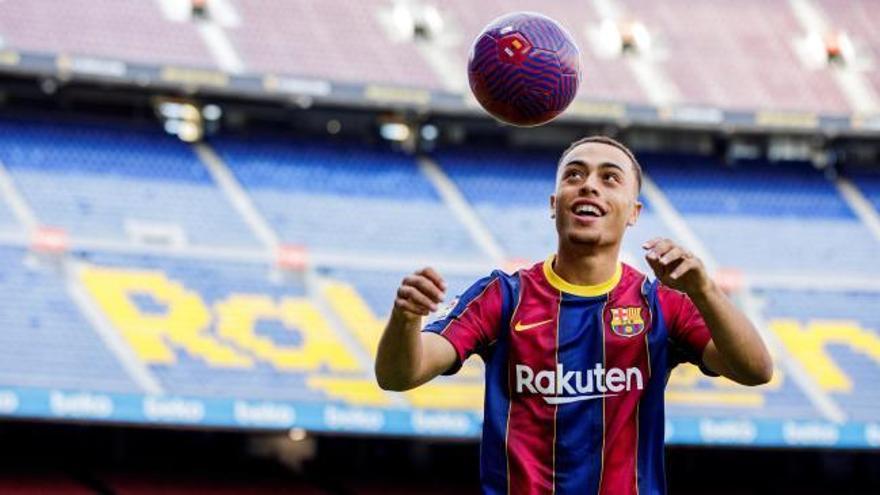 Sergiño Dest ya es jugador del Barça