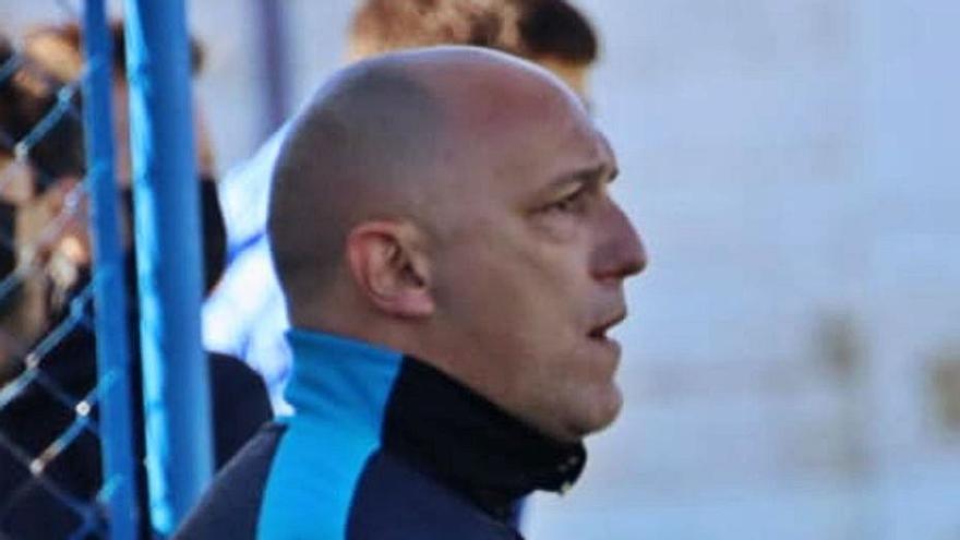 """José Coco, técnico del Benavente: """"El objetivo real ahora es salvar la categoría"""""""