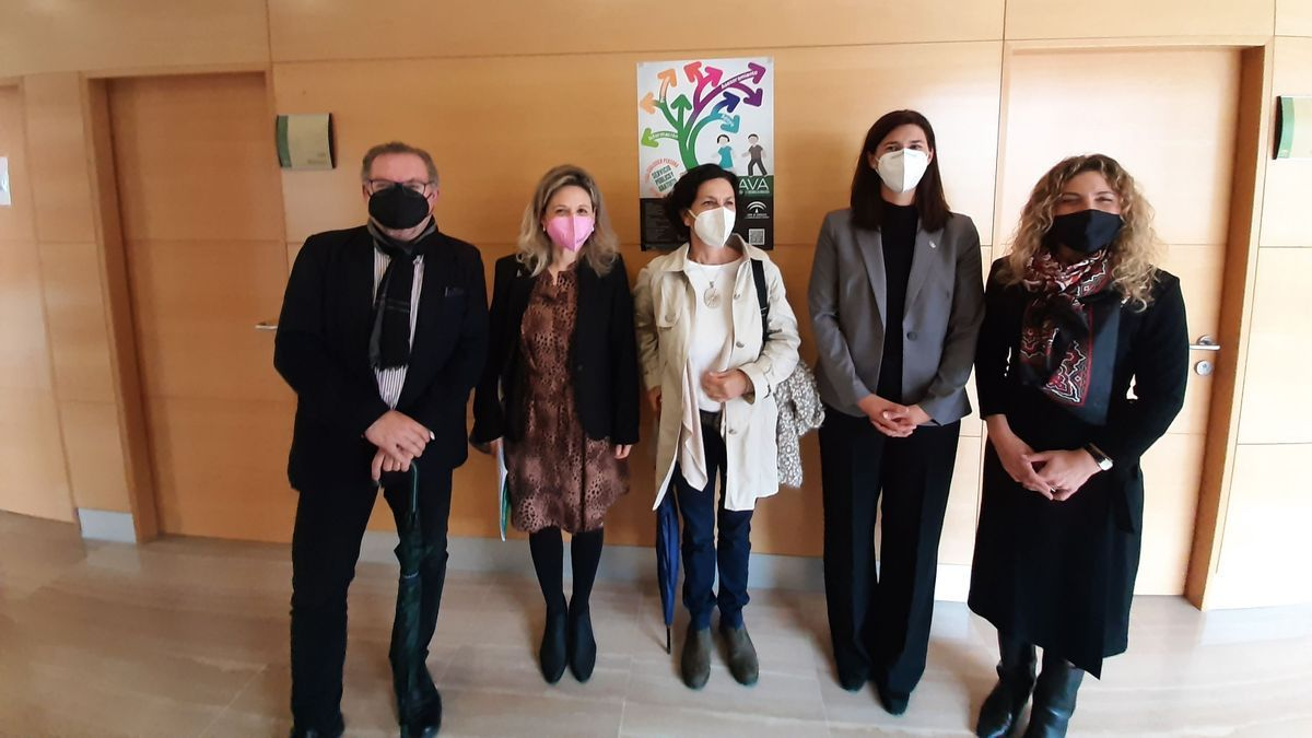 Visita juzgados de Vélez-Málaga.