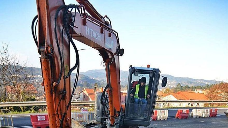 El Concello completa la red de alcantarillado en Tomeza