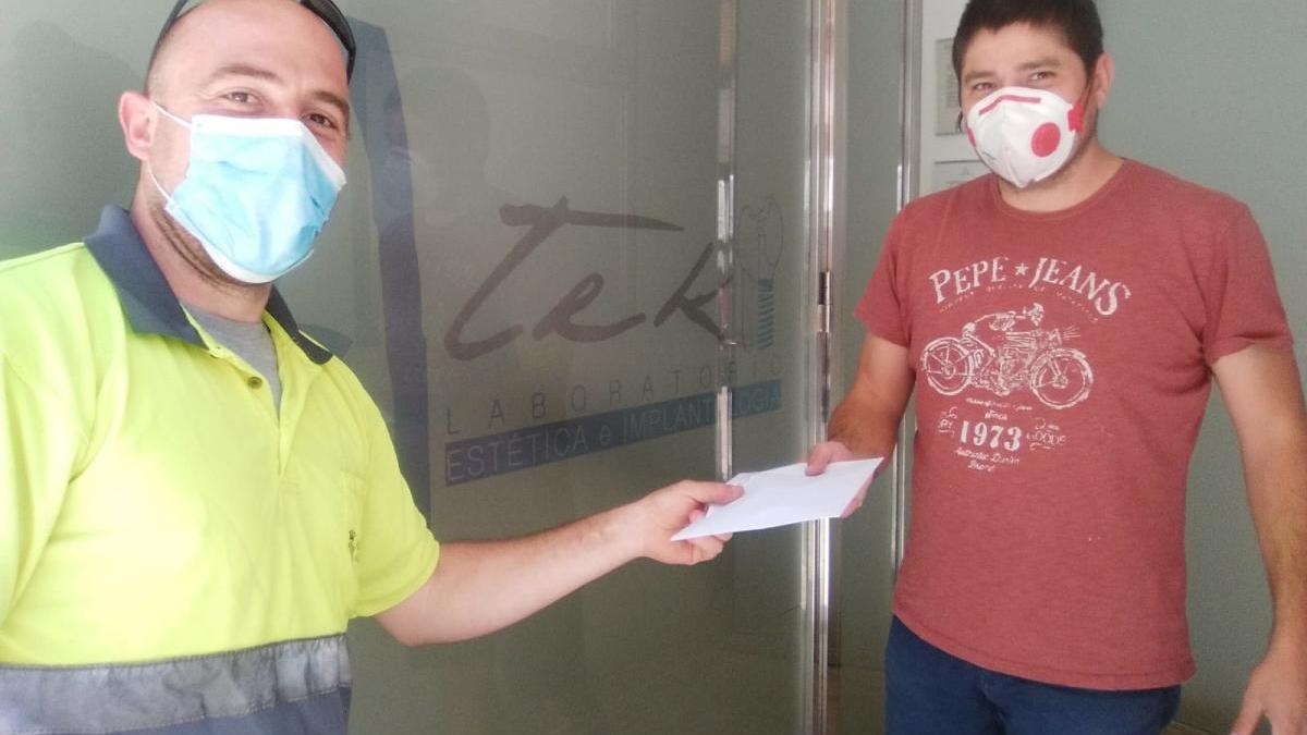 Xirivella amplía el reparto de mascarillas a sus 600 comercios