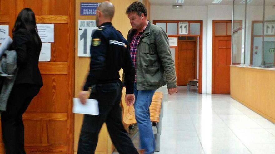 Cort restituye a 17 policías investigados por casos de corrupción