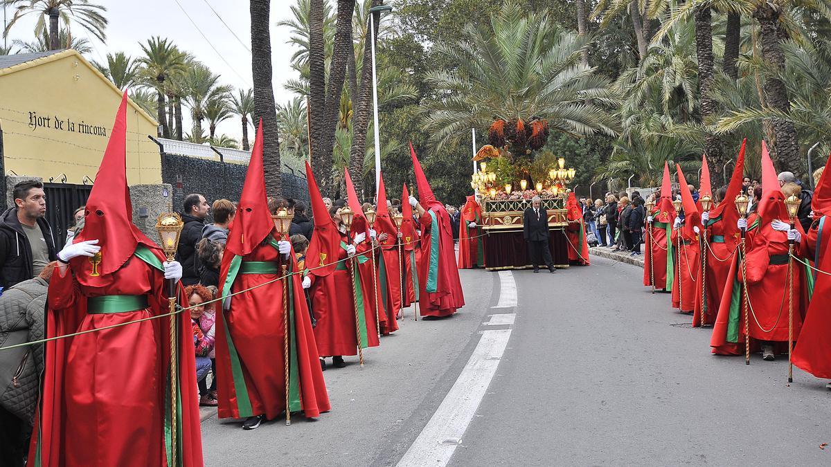 Una procesión de la Samana Santa ilicitana en 2019.