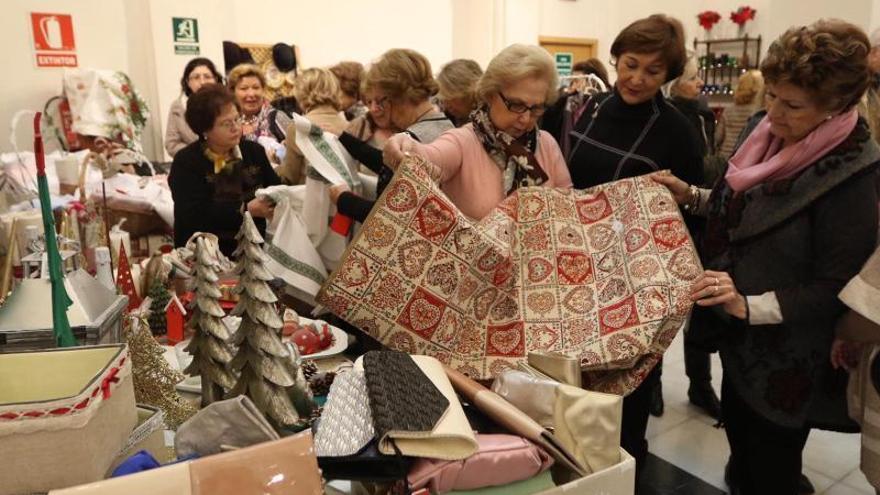 Adevida abre su mercadillo navideño para sufragar la atención a más de 200 mujeres