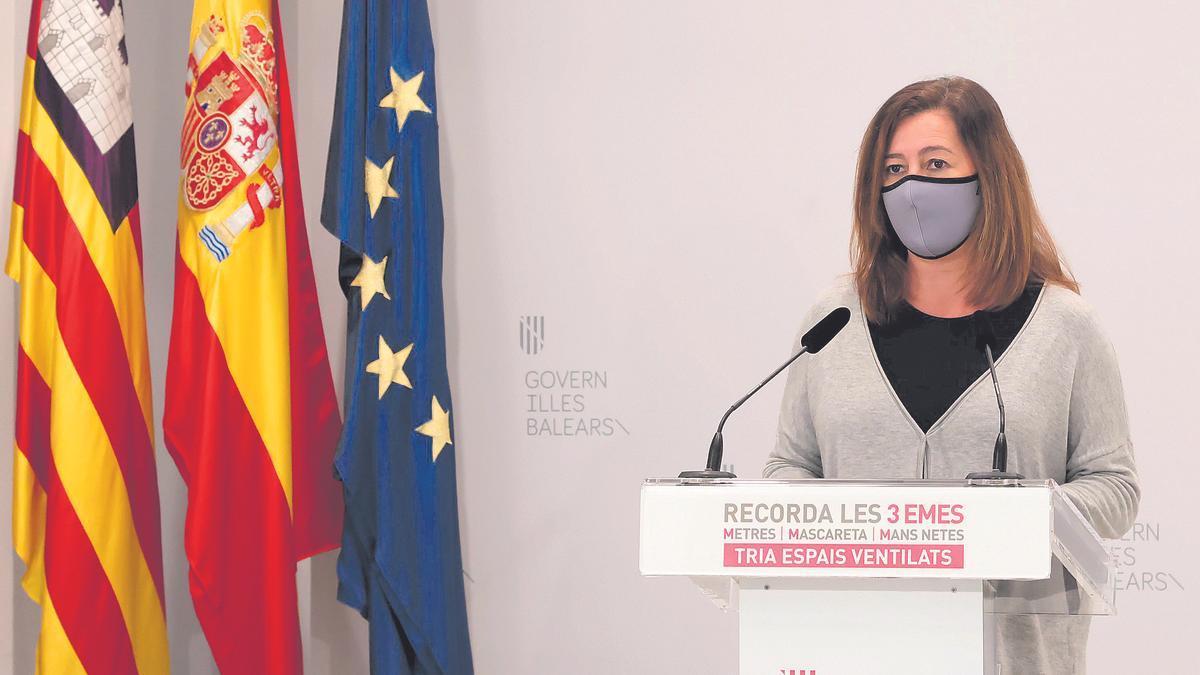 La presidenta del Govern, Francina Armengol, ayer durante su comparecencia de prensa.