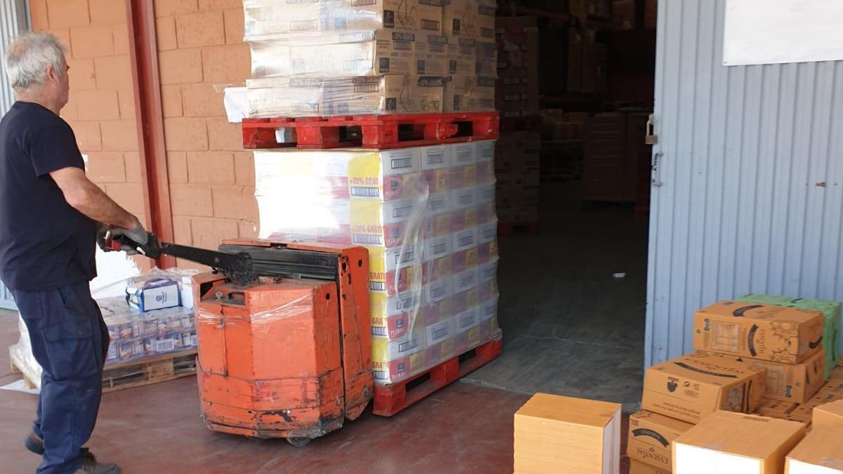 Llegada de productos hoy al Banco de Alimentos de Alicante