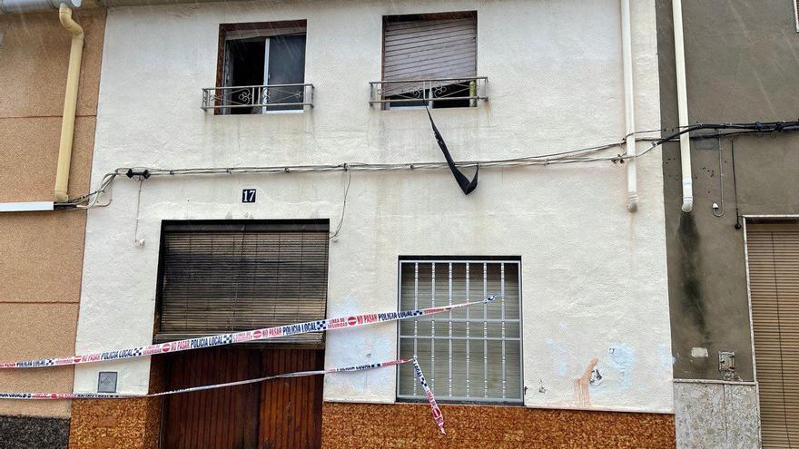 Un rayo provoca un incendio en una casa de Tavernes de la Valldigna
