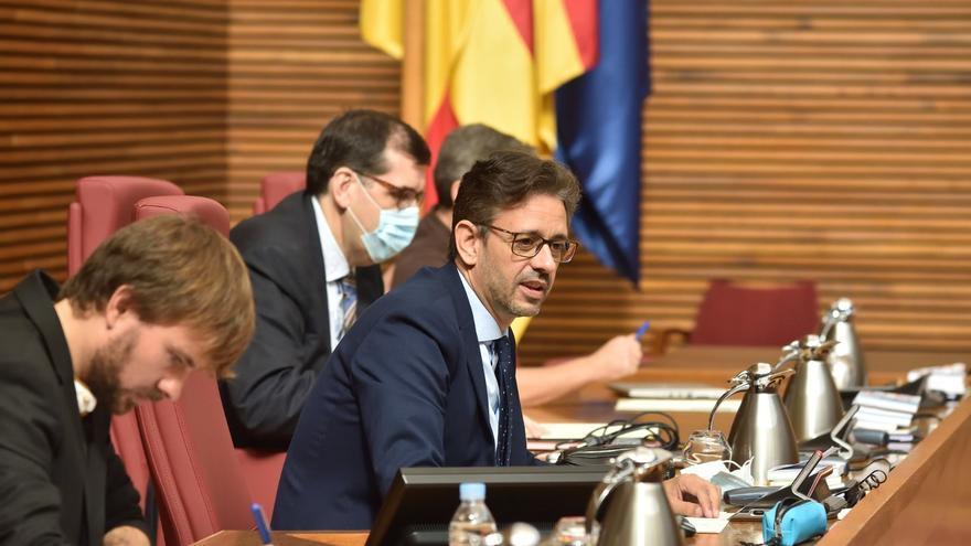 """JJ Zaplana: """"Puig confunde el hospital de Torrevieja con un congreso de su partido al colocar a las familias del PSPV en la dirección"""""""