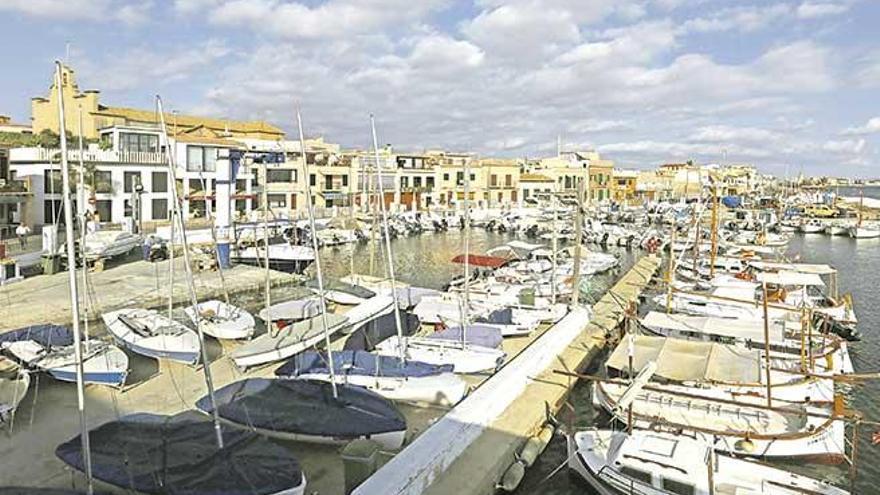 El puerto del Molinar tendrá un anteproyecto de reforma sin ampliación a final de año
