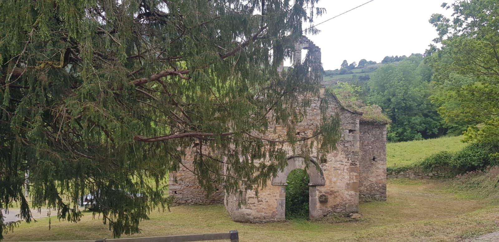 Cita festiva en La Collada para reivindicar el valor de su iglesia vieya