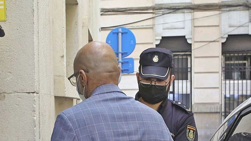 La Guardia Civil de Calp halló en estado de shock a la chica que acusa de violación a su jefe