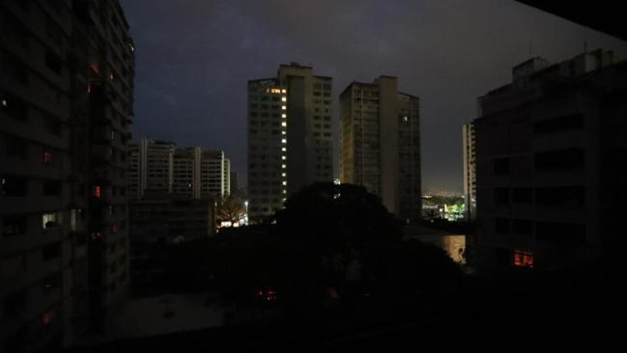 Un apagón deja sin luz a gran parte de Venezuela