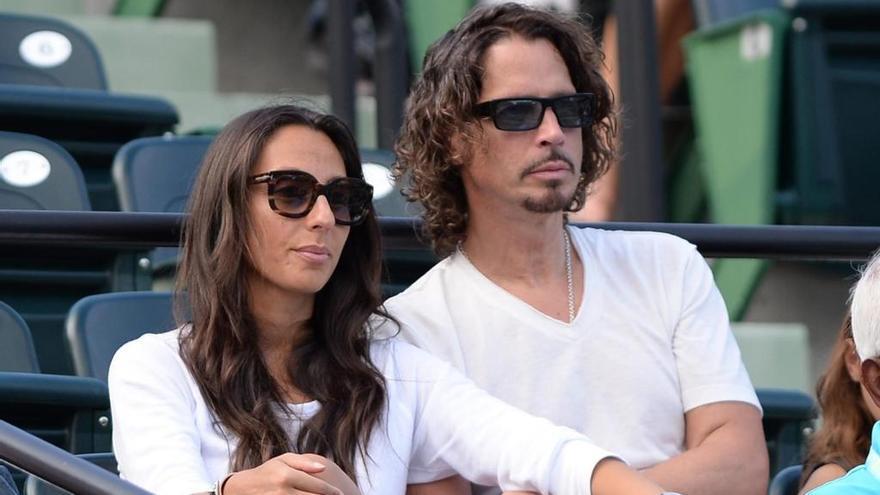 """Carta abierta de la esposa de Chris Cornell: """"Siento que estuvieras solo"""""""