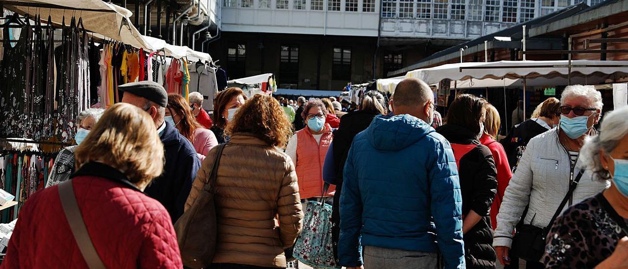 Ambiente, ayer, en el mercado semanal.