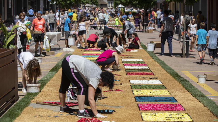 Arbúcies es vesteix de primavera aquest diumenge amb la mostra de Catifes de Flors