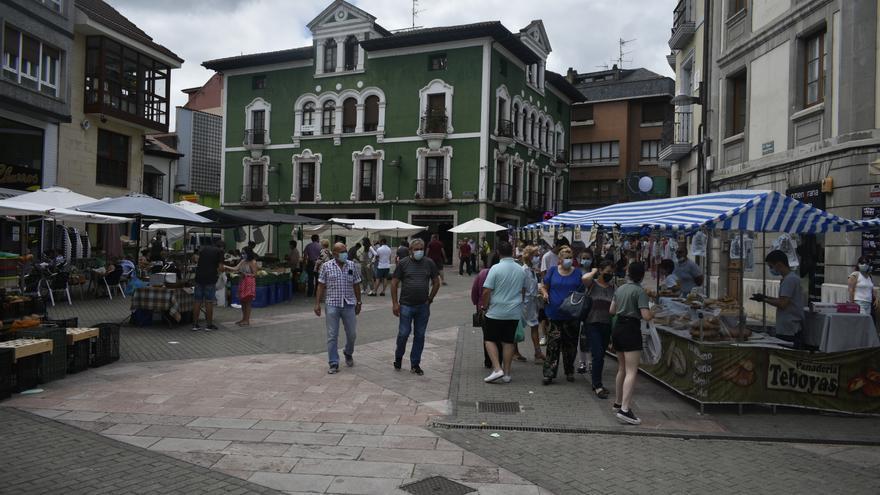 Grado pide la reapertura dominical de las medianas superficies comerciales de la villa