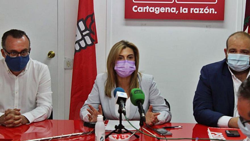"""El PSOE pide """"un Rosell al 100%"""" al Gobierno regional"""