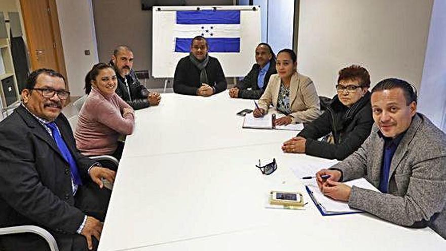 Un partit hondureny tindrà presència a Girona per ajudar els compatriotes