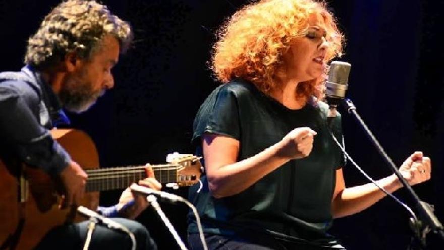Javier Cerpa y Beatriz Alonso en concierto