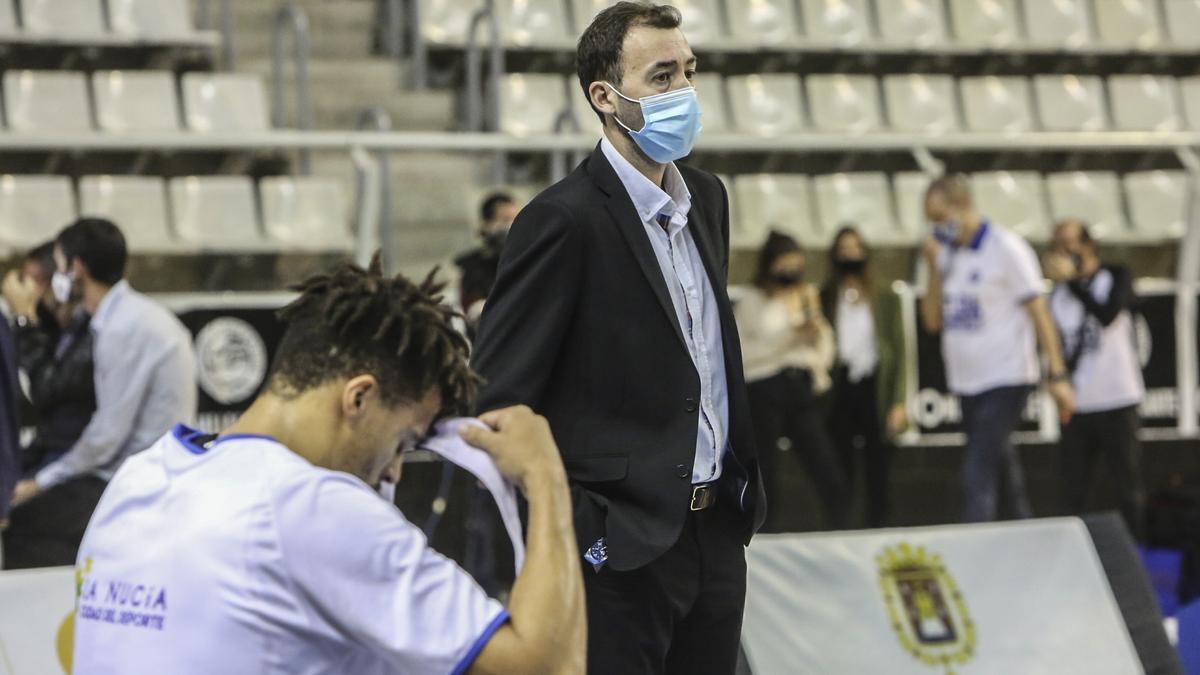Rivero antes de un partido en el Pedro Ferrándiz