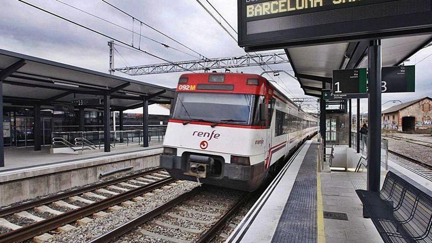 Un tren atropella un home a prop de Flaçà i la víctima, ferida, fuig