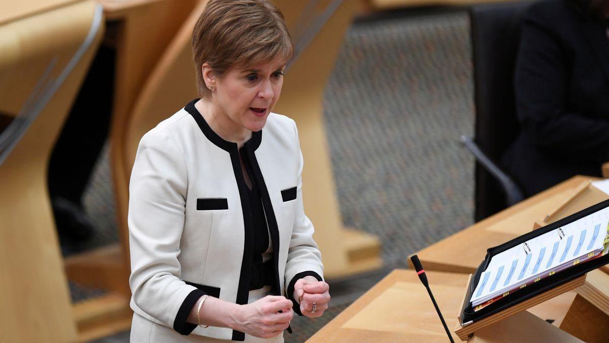 Sturgeon responde hoy a la comisión que investiga si mintió para perjudicar a su rival Alex Saldmon