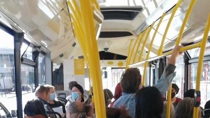 La huelga de Latbus cumple casi un mes sin conseguir ningún objetivo