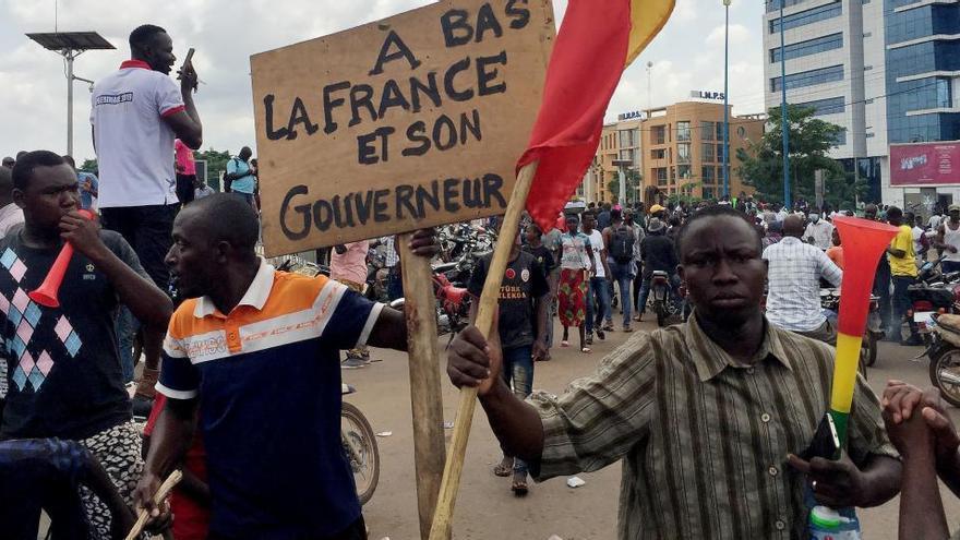 Un grupo de militares captura al presidente de Mali