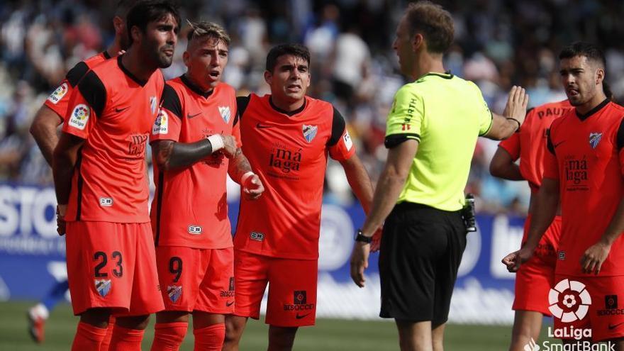 Serio correctivo en El Toralín (4-0)