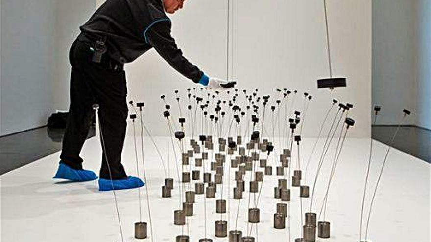 El MACBA homenatja l'artista que es va fixar en les forces de la natura