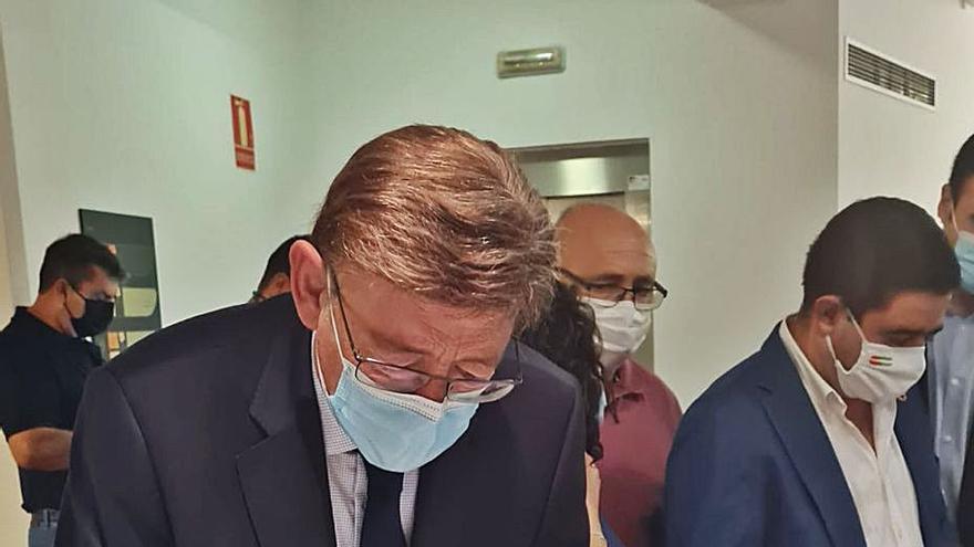 Puig visita como «un deber moral» el museo de Miguel Hernández en Jaén