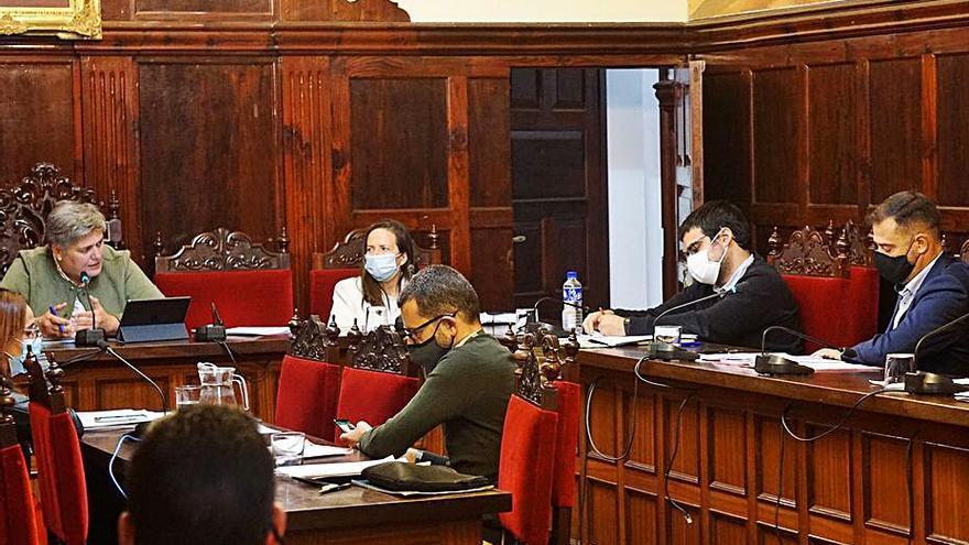 Los Llanos de Aridane aprueba el pacto para la reactivación del municipio