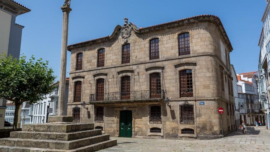 """El Ayuntamiento iniciará """"acciones judiciales"""" para recuperar la Casa Cornide de manos de la familia Franco"""