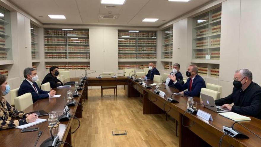 El Estado agilizará la transferencia de 25 millones para la MetroGuagua