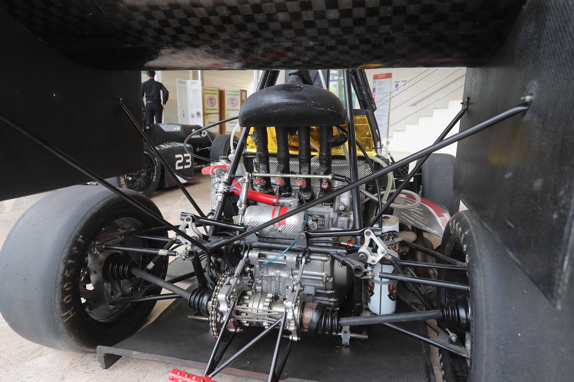 La escudería UPV presenta su primer bólido de conducción autónoma