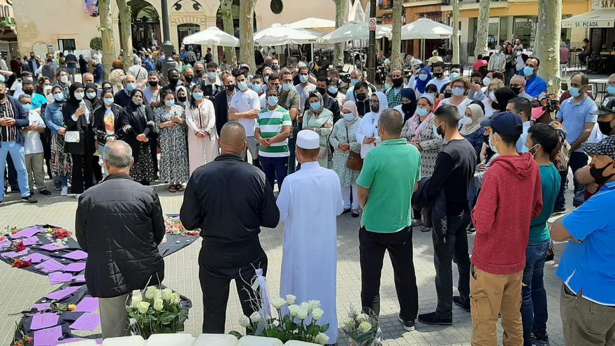 Minutos de silencio en toda Mallorca en repulsa del doble crimen machista de sa Pobla