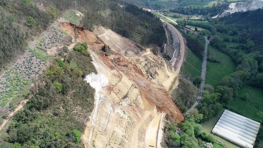 """El """"argayón"""" de las obras de la autovía Cornellana-Salas: """"Va para largo"""", augura el alcalde salense"""