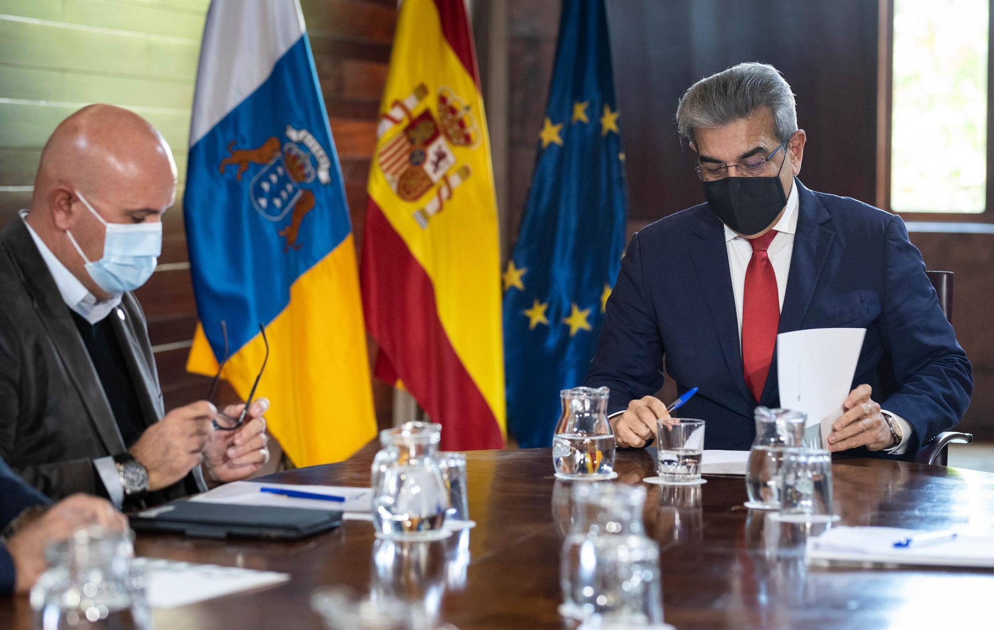 Reunión entre el Gobierno de Canarias y Ashotel