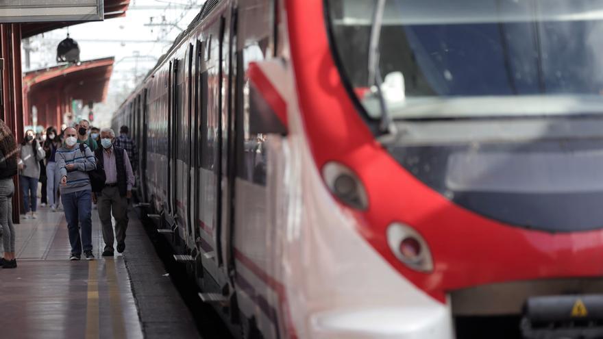 Salas valora la inversión de los PGE para el sector ferroviario en Málaga, aún sin contar el tren litoral