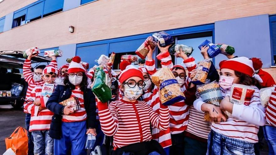 El colegio Nazaret busca a Wally