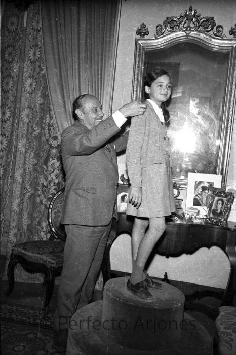 TOMÁS VALCARCEL DEZA. 1968
