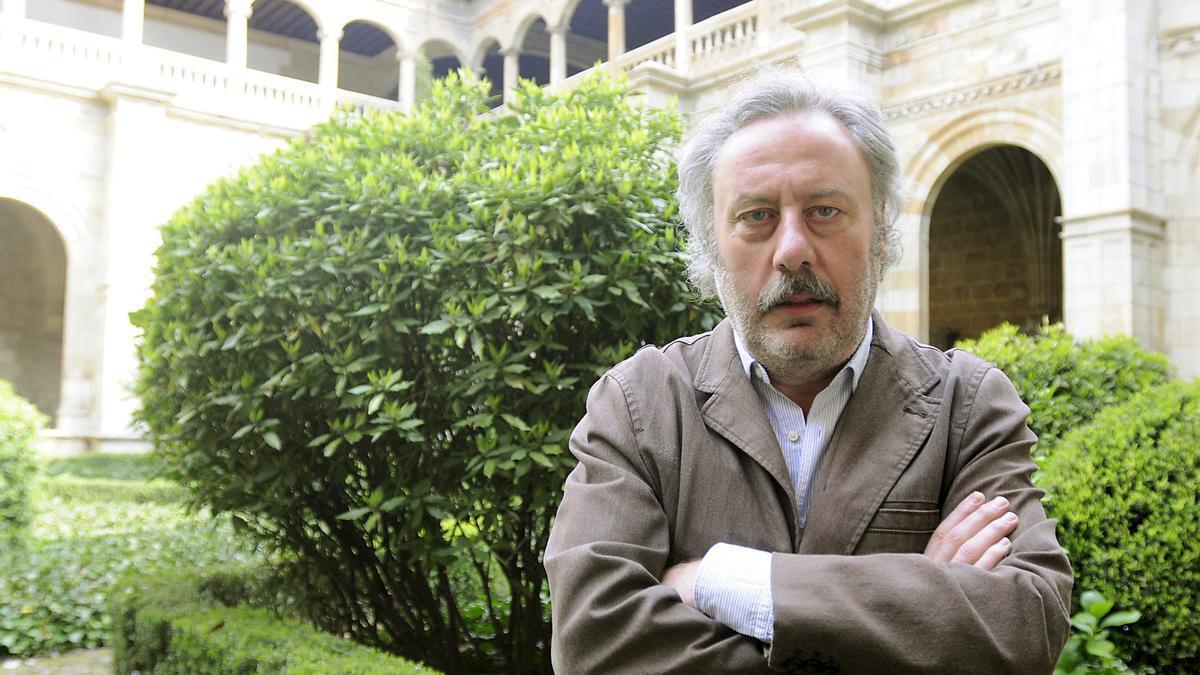 Julio Llamazares, uno de los participantes en la mesa redonda