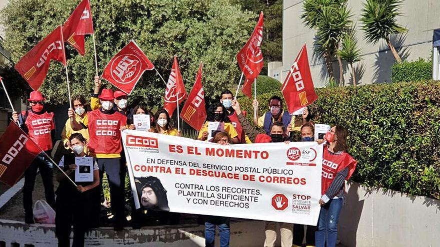 Los trabajadores de Correos en Balears reivindican un servicio postal más eficiente