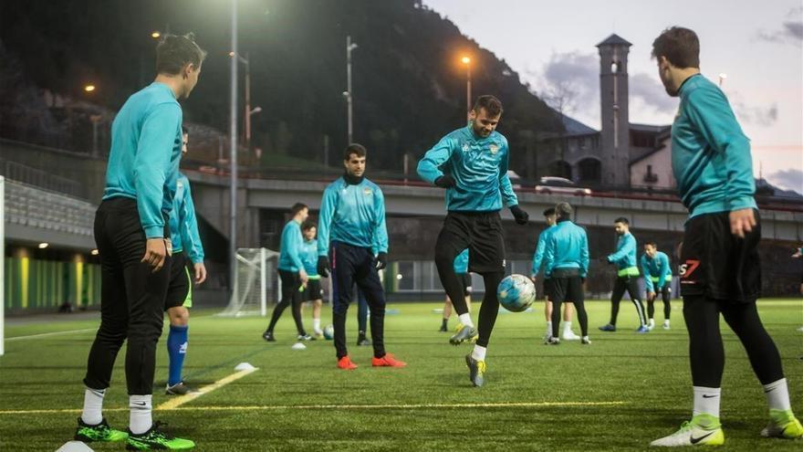 El Andorra de Piqué sube a Segunda B tras pagar 450.000 euros
